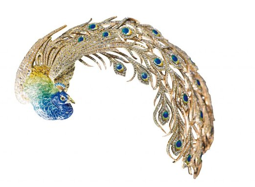 Gold, diamond and enamel peacock brooch by Mellerio dits Meller, Paris, 1905 (Victoria and Albert Museum)